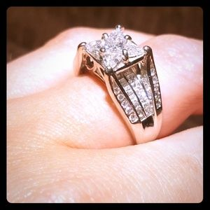 💎2 ctw 14k wg princess bridge ring💍